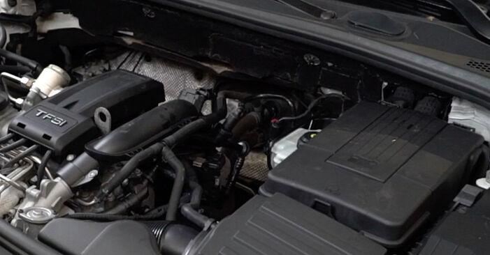 Как се сменя Запалителна свещ на AUDI A3 Sportback (8PA) 2006 - съвети и номера