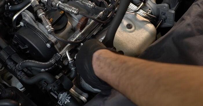 Как да сменим Запалителна свещ на AUDI A3 Sportback (8PA) 2009: свалете PDF наръчници и видео инструкции