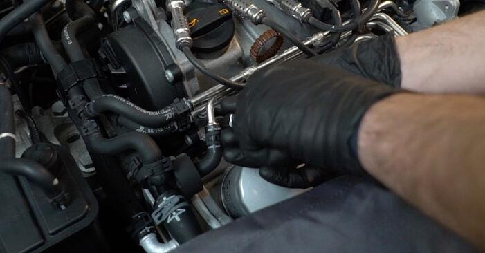 Колко време отнема смяната: Запалителна свещ на Audi A3 8pa 2012 - информативен PDF наръчник