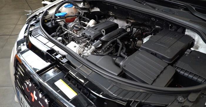 Austauschen Anleitung Ölfilter am Audi A3 8P 2004 2.0 TDI 16V selbst