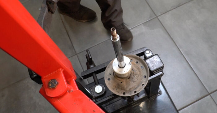 How to change Shock Absorber on Fiat Grande Punto 199 2005 - free PDF and video manuals