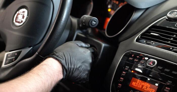 Kraftstofffilter Fiat Punto 199 1.2 2007 wechseln: Kostenlose Reparaturhandbücher