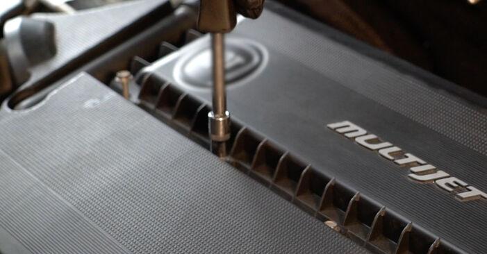 Luftfilter Fiat Punto 199 1.2 2007 wechseln: Kostenlose Reparaturhandbücher