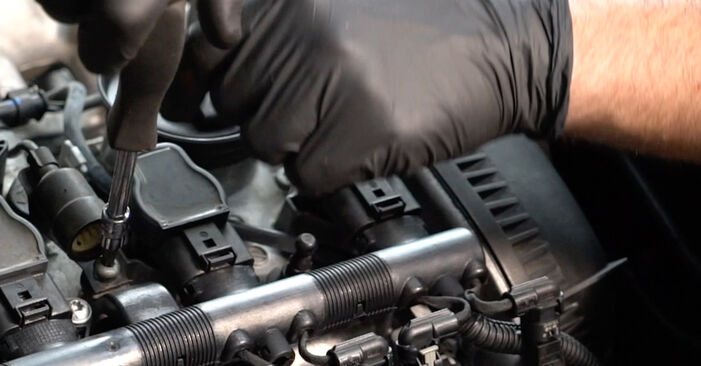 Zweckdienliche Tipps zum Austausch von Zündkerzen beim AUDI A4 Limousine (8K2, B8) 2.7 TDI 2012