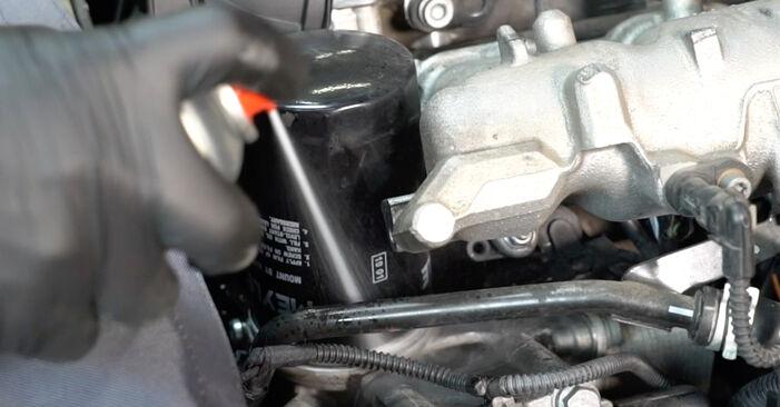 AUDI A4 3.0 TDI quattro Filtre à Huile remplacement: guides en ligne et tutoriels vidéo