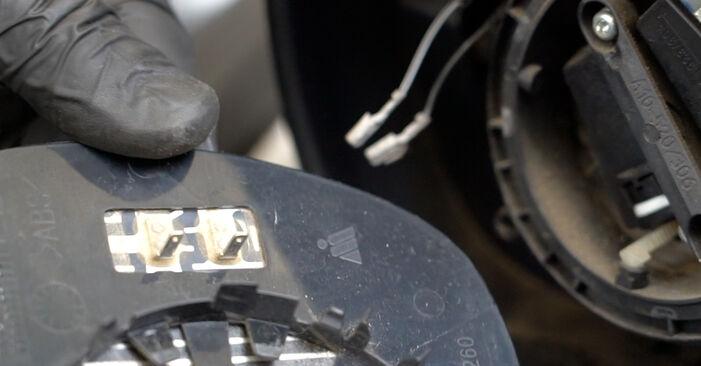 Wechseln Spiegelkappen am FORD Fiesta Mk6 Schrägheck (JA8, JR8) 1.5 TDCi 2011 selber