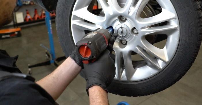 Schritt-für-Schritt-Anleitung zum selbstständigen Wechsel von Opel Corsa D 2010 1.3 CDTI (L08, L68) Bremstrommel