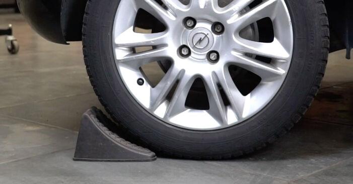 Kaip pakeisti Spyruoklės la Opel Corsa D 2006 - nemokamos PDF ir vaizdo pamokos