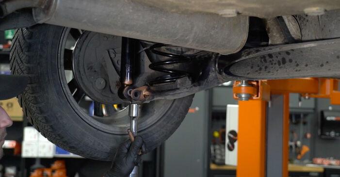 Kaip pakeisti OPEL Corsa D Hatchback (S07) 2009 Spyruoklės - patarimai ir gudrybės