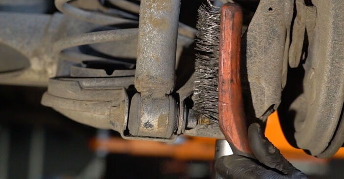 Ar sudėtinga pasidaryti pačiam: Opel Corsa D 1.4 (L08, L68) 2012 Spyruoklės keitimas - atsisiųskite iliustruotą instrukciją