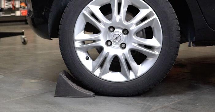 Hvordan skifte Støtdemper på Opel Corsa D 2006 – gratis PDF- og videoveiledninger