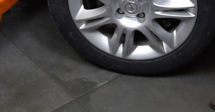 Opel Corsa D 1.2 (L08, L68) 2008 skift af Fjeder: gratis værksteds manualer