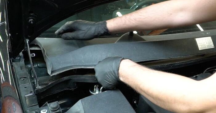 Hvordan man udskifter Fjeder på OPEL Corsa D Hatchback (S07) 2011: hent PDF manualer og video instruktioner