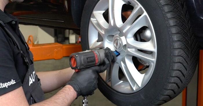 Schritt-für-Schritt-Anleitung zum selbstständigen Wechsel von Opel Corsa D 2010 1.3 CDTI (L08, L68) Stoßdämpfer