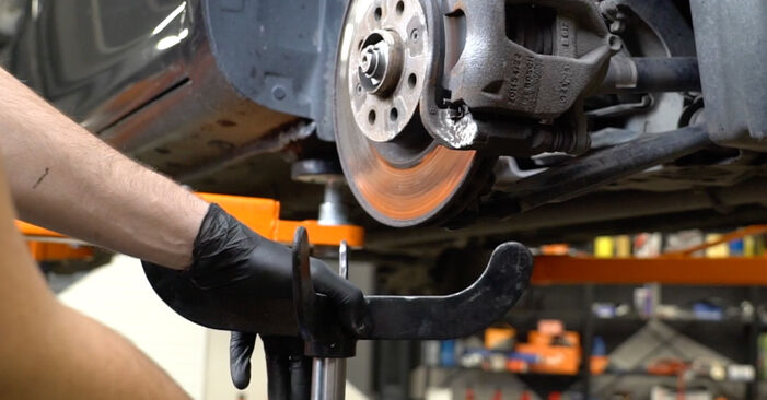 Wie schwer ist es, selbst zu reparieren: Stoßdämpfer Opel Corsa D 1.4 (L08, L68) 2012 Tausch - Downloaden Sie sich illustrierte Anleitungen