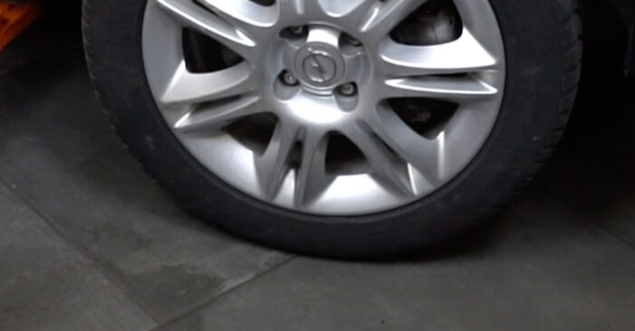 Bremsbeläge Ihres Opel Corsa D 1.3 CDTI (L08, L68) 2014 selbst Wechsel - Gratis Tutorial