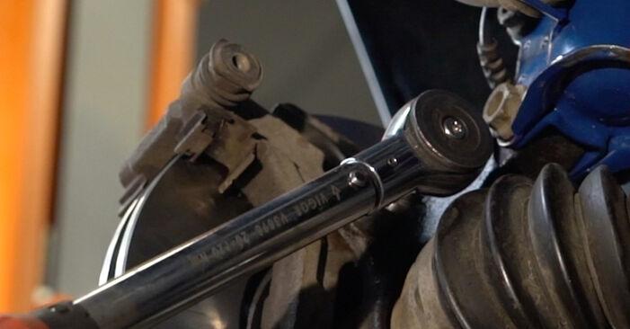 La sostituzione di Dischi Freno su Opel Corsa D 2014 non sarà un problema se segui questa guida illustrata passo-passo