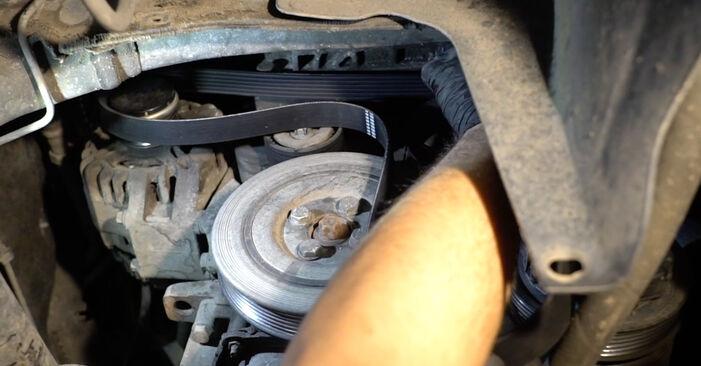Wie schwer ist es, selbst zu reparieren: Keilrippenriemen Opel Corsa D 1.4 (L08, L68) 2012 Tausch - Downloaden Sie sich illustrierte Anleitungen