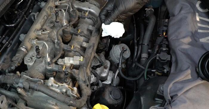 Substituir Bujie incandescenta OPEL Corsa D Hatchback (S07) 1.4 (L08, L68) 2011 - tutorialul online