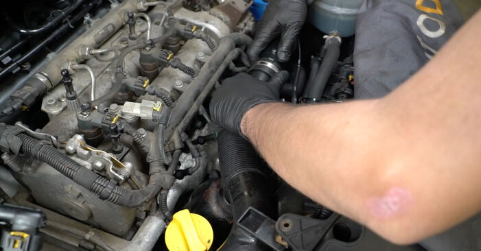 Cum să mentenanța Bujie incandescenta la OPEL Corsa D Hatchback (S07) 2011: descărcați manualele în format PDF și instrucțiunile video