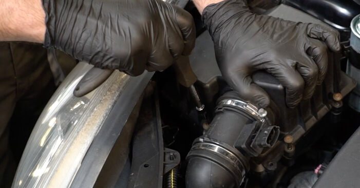 Zweckdienliche Tipps zum Austausch von Luftfilter beim OPEL Corsa D Schrägheck (S07) 1.4 (L08, L68) 2011