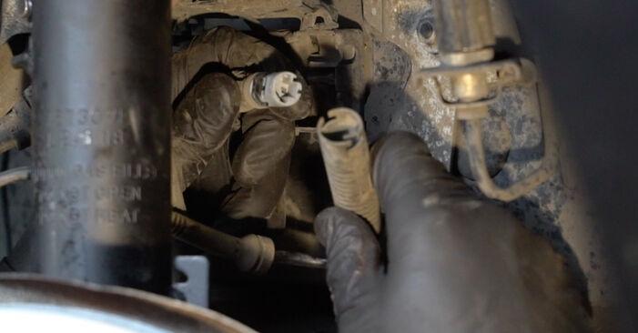 Wie schwer ist es, selbst zu reparieren: ABS Sensor BMW E82 120i 2.0 2012 Tausch - Downloaden Sie sich illustrierte Anleitungen