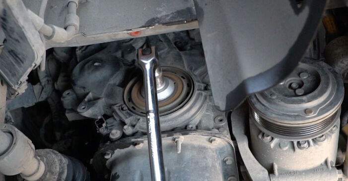 Kaip pakeisti FORD Fiesta Mk6 Hatchback (JA8, JR8) 2020 Paskirstymo diržas / komplektas - patarimai ir gudrybės