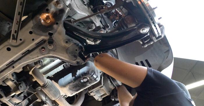 Kiek užtrunka keitimas: Ford Fiesta Mk6 2016 Paskirstymo diržas / komplektas - informatyvi PDF instrukcija
