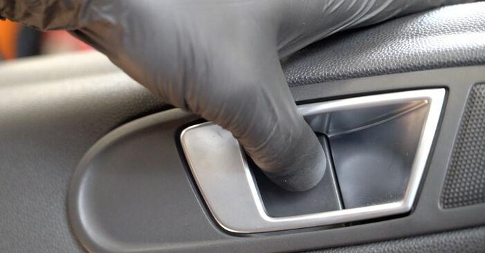 Hvordan bytte FORD Fiesta Mk6 Hatchback (JA8, JR8) 1.6 TDCi 2008 Sidespeil selv – veiledning på nettet