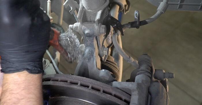 Wie Stoßdämpfer FORD Fiesta Mk6 Schrägheck (JA8, JR8) 1.4 TDCi 2009 austauschen - Schrittweise Handbücher und Videoanleitungen