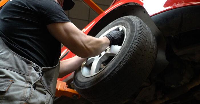 Hvordan skifte Bremseklosser på SEAT Ibiza III Hatchback (6L) 2007: Last ned PDF- og videoveiledninger