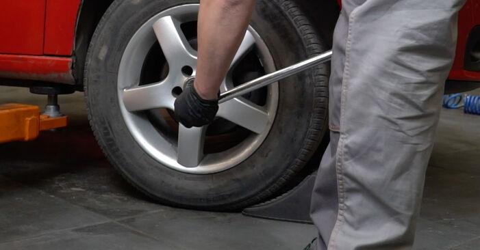 Hvordan skifte SEAT IBIZA 2009 Bremseklosser trinn–for–trinn veiledning