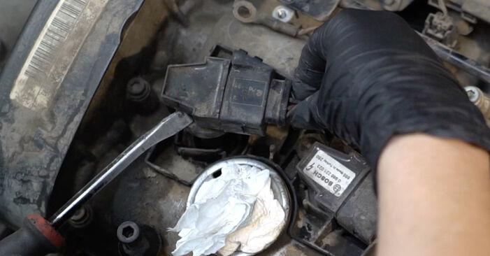 Zündspule am SEAT Ibiza III Schrägheck (6L) 1.9 TDI Cupra R 2007 wechseln – Laden Sie sich PDF-Handbücher und Videoanleitungen herunter