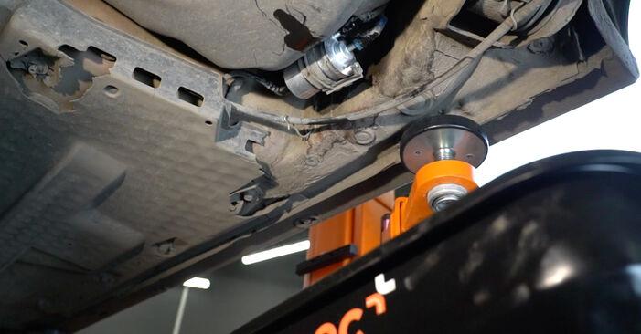 Ibiza III Hatchback (6L) 1.4 TDI 2005 Brændstoffilter gør-det-selv udskiftnings værksted manual