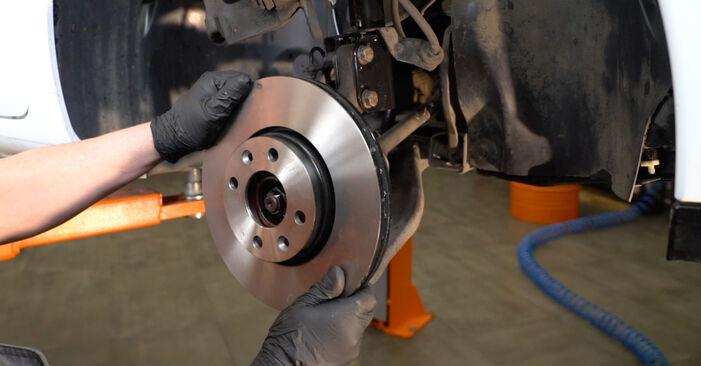 Como remover RENAULT CLIO 1.2 16V Hi-Flex 2009 Discos de Travão - instruções online fáceis de seguir