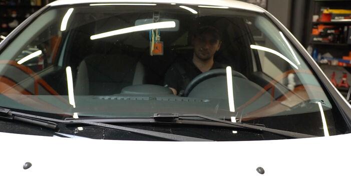 Wie Scheibenwischer Renault Clio 3 1.5 dCi 2005 tauschen - Kostenlose PDF- und Videoanleitungen