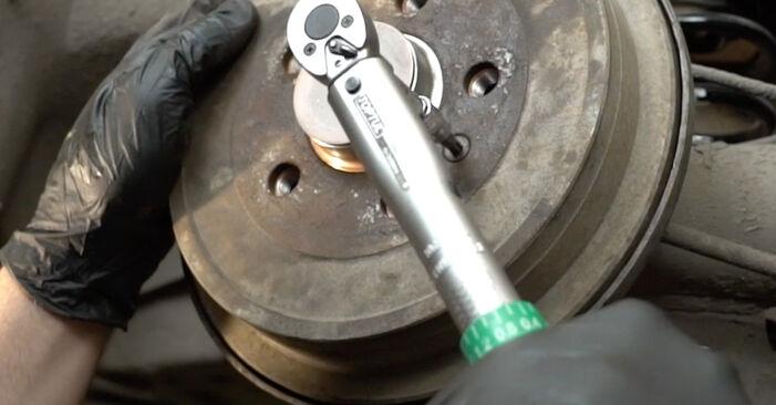 Radlager am SEAT Ibiza III Schrägheck (6L) 1.9 TDI Cupra R 2007 wechseln – Laden Sie sich PDF-Handbücher und Videoanleitungen herunter