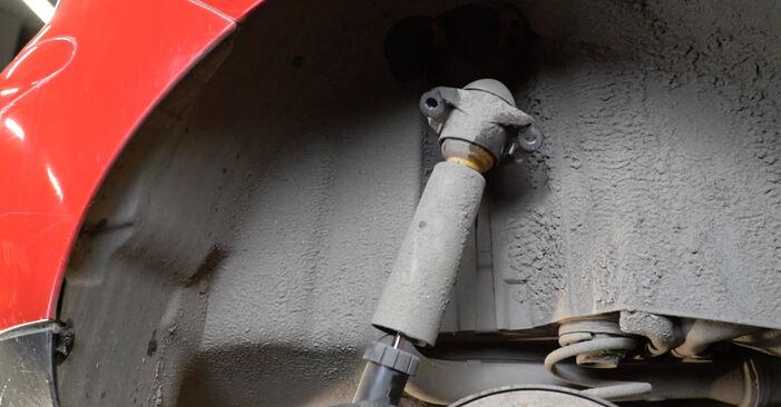 Austauschen Anleitung Stoßdämpfer am Seat Ibiza 6L1 2004 1.9 TDI selbst