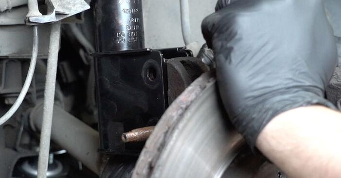 Wie Traggelenk Peugeot 307 SW 1.6 HDI 110 2002 tauschen - Kostenlose PDF- und Videoanleitungen