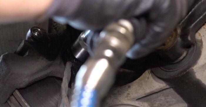 Schritt-für-Schritt-Anleitung zum selbstständigen Wechsel von Alfa Romeo 147 937 2002 1.9 JTDM 16V (937.AXN1B, 937.BXN1B) Radlager