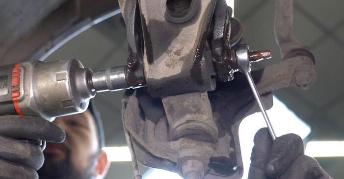 Radlager beim ALFA ROMEO 147 1.9 JTDM (937.AXD1A, 937.AXV1A, 937.BXB1A) 2007 selber erneuern - DIY-Manual