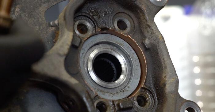 Vanskelighetsgrad: Bytte av Hjullager på Nissan Qashqai j10 2.0 Allrad 2012 – last ned illustrert veiledning