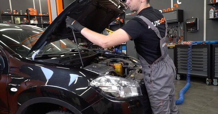 Wie Bremsscheiben Nissan Qashqai j10 1.5 dCi 2006 tauschen - Kostenlose PDF- und Videoanleitungen