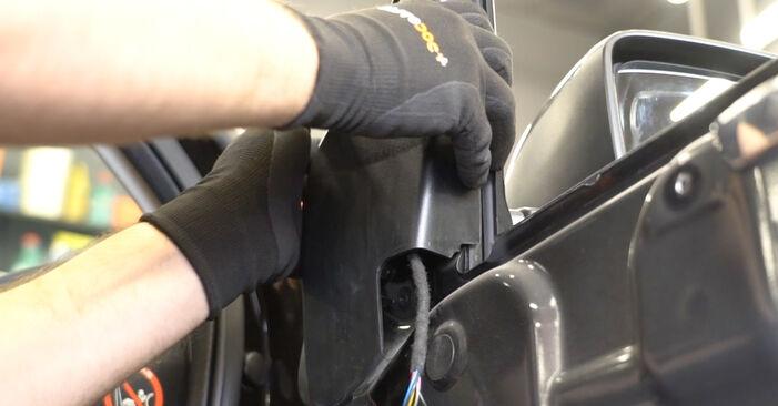 Jak trudno jest to zrobić samemu: wymień Lusterko zewnętrzne w Nissan Qashqai j10 2.0 Allrad 2012 - pobierz ilustrowany przewodnik