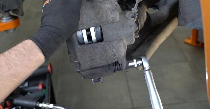 Wie Bremsbeläge Peugeot 207 WA 1.4 HDi 2006 tauschen - Kostenlose PDF- und Videoanleitungen