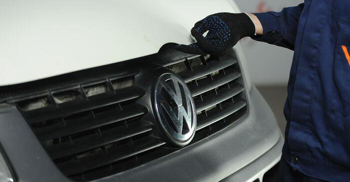 Hoe VW Multivan T5 2003 Luchtfilter vervangen – kosteloze pdf-handleidingen en tutorials