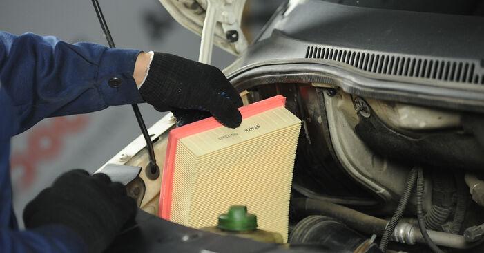 Luchtfilter zelf wisselen VW Multivan T5 2013 2.5 TDI