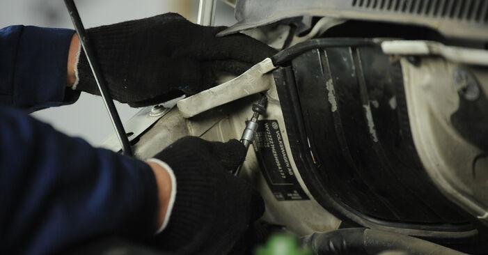 Schokbrekers zelf wisselen VW Multivan T5 2013 2.5 TDI