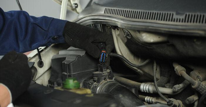 Hoe VW Multivan T5 2003 Schokbrekers vervangen – kosteloze pdf-handleidingen en tutorials