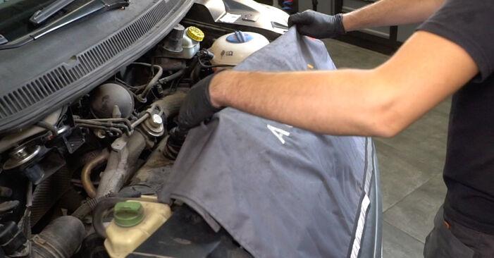 Stap voor stap tips om VW Multivan T5 2003 2.0 BiTDI Veerpootlager zelf te wisselen
